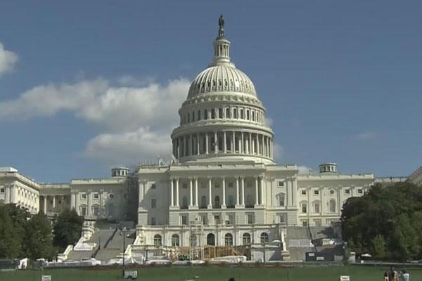 Quốc hội Mỹ lập dự luật cấp quốc tịch cho con nuôi gốc Hàn