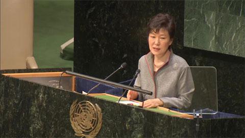 Park Geun Hye urge a Pyongyang a renunciar a su ambición nuclear