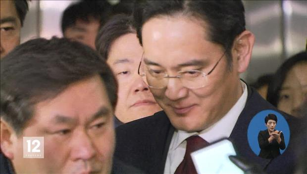 Independent Counsel Seeks to Arrest Samsung Heir over Bribery