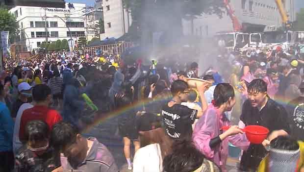 В Чхунчхоне открылся фестиваль пантомимы