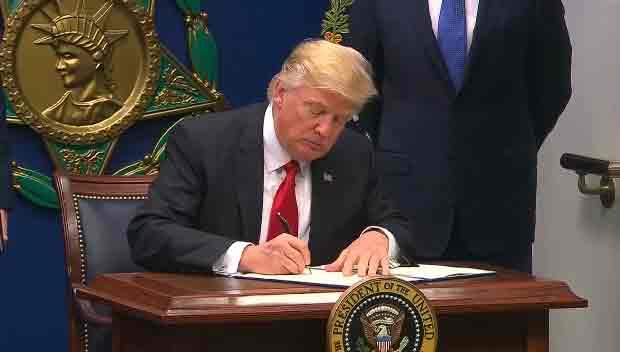 米政府が新たな入国禁止令 北韓も対象に