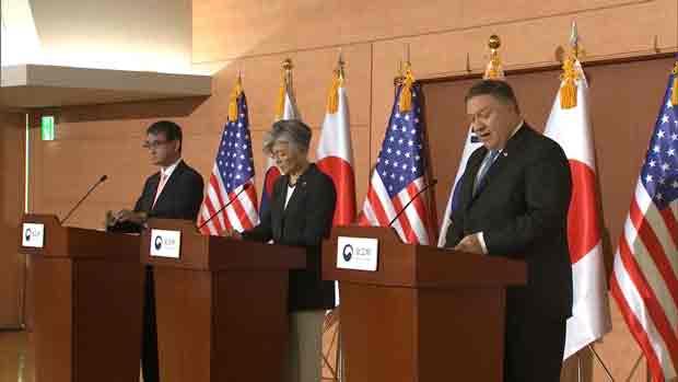 文大統領 日米外相と面会