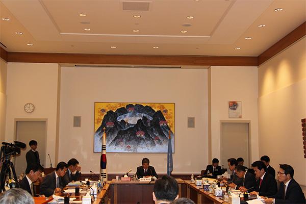 韩国政府对美北无核化协商与对北韩制裁的立场