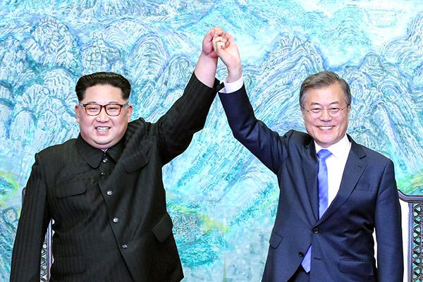Premier anniversaire du premier sommet entre Moon Jae-in et Kim Jong-un