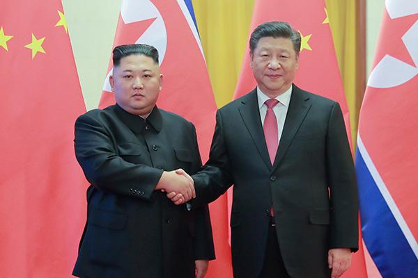 """زيارة """"شي جين بينغ"""" إلى كوريا الشمالية تبدأ دبلوماسية نشطة حول نزع السلاح النووي"""