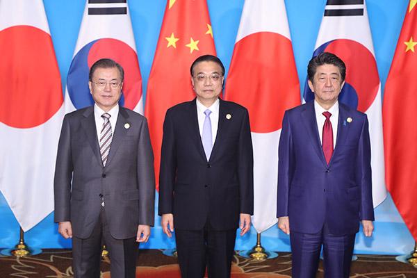 韓半島周辺各国の動き