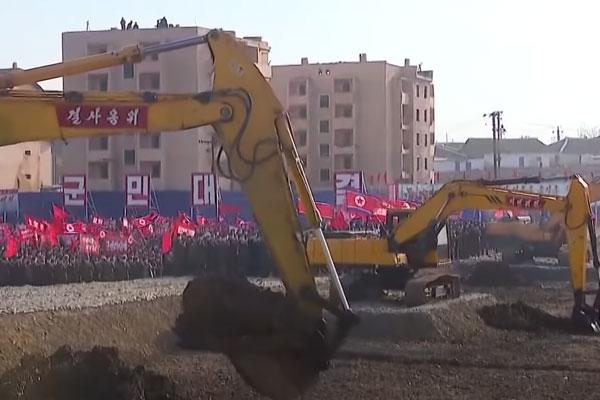 北韓の住宅建設計画について