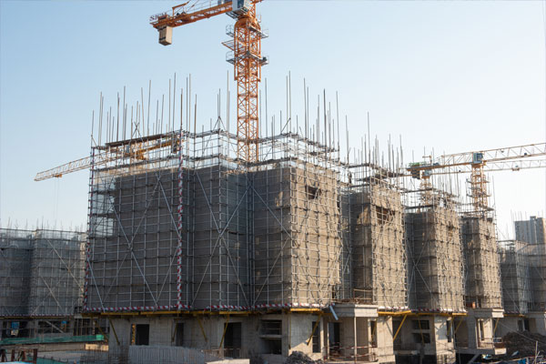 건설사업에 매진하고 있는 북한의 속내