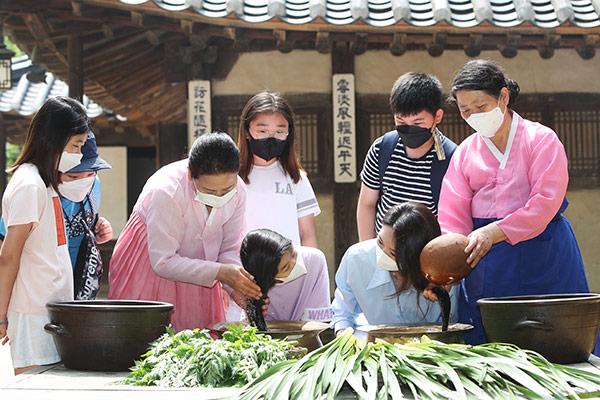 韩国的端午习俗与民俗活动