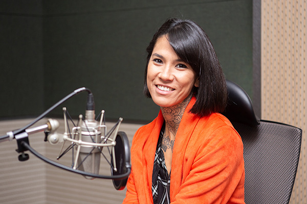 Mihoa Lee, protagonista de Félix visita KBS World Radio