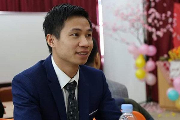 """Người lao động Việt Nam đầu tiên xuất hiện trong chương trình truyền hình của Đài KBS """"My neighbor, Charles"""" (이웃집 찰스 – Charles, người hàng xóm của tôi)"""