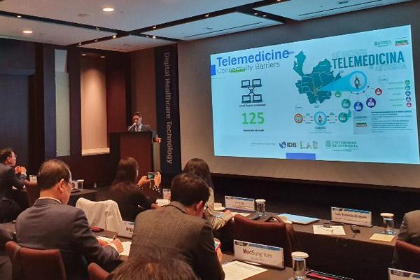 Luis Acevedo Arroyave: La Tele-salud usa las TIC para llevar servicios médicos a lugares remotos