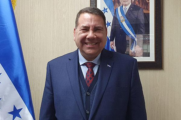 """Embajador de Honduras en Corea: """"El TLC acerca dos mercados, el centroamericano y el asiático, a través de Corea"""""""