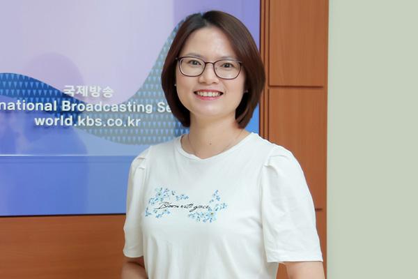 Cô dâu Việt nỗ lực khẳng định vị trí giáo viên chuyên đào tạo TOPIK cho người Việt Nam