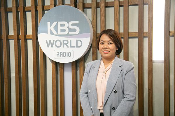 Hồ Thị Quyên – Cô dâu Việt làm tư vấn viên tại Trung tâm hỗ trợ phúc lợi dành cho người nước ngoài thành phố Seongnam, tỉnh Gyeonggi