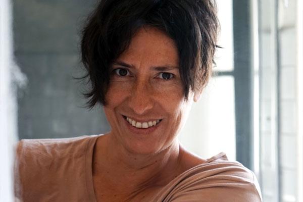 Constanza Fernández: Es un relato de cómo se vive el sistema médico en Chile