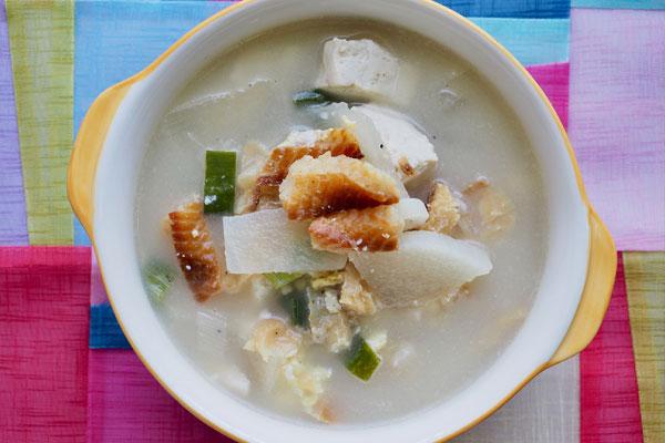 Recetas de temporada: Sopa de abadejo seco (북엇국)