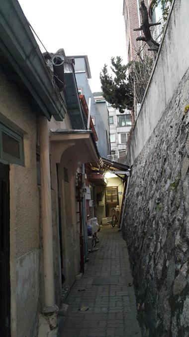 Lee Jung-seop's residence in Seochon, Seoul