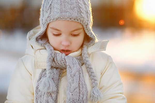 코끝이 ___ 겨울.
