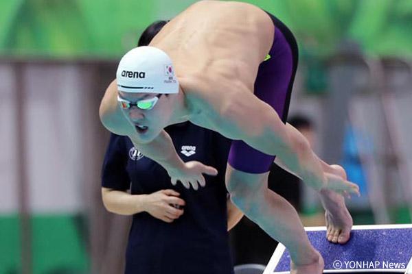 朴泰桓获美国游泳大赛800米银牌