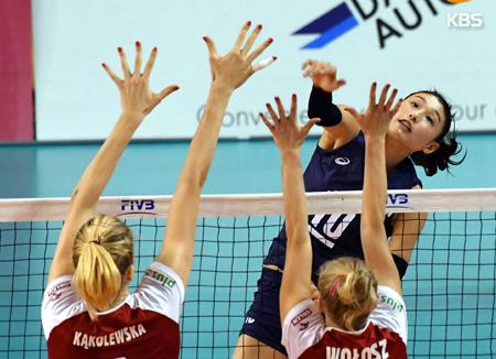 韩国队亚洲女排锦标赛获8强赛首胜 3比0胜菲律宾队