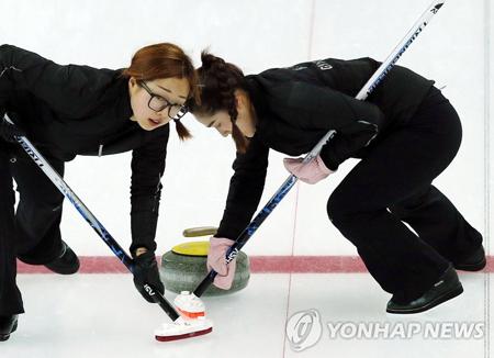 韩国女子冰壶队PAF大师赛夺冠