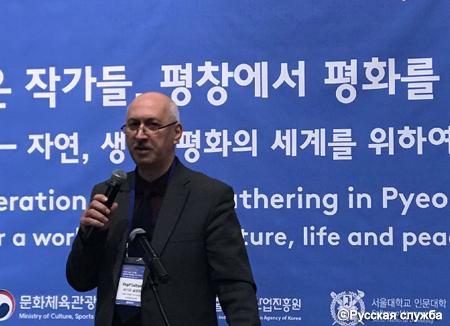 Азербайджанский писатель Вагиф Султанлы