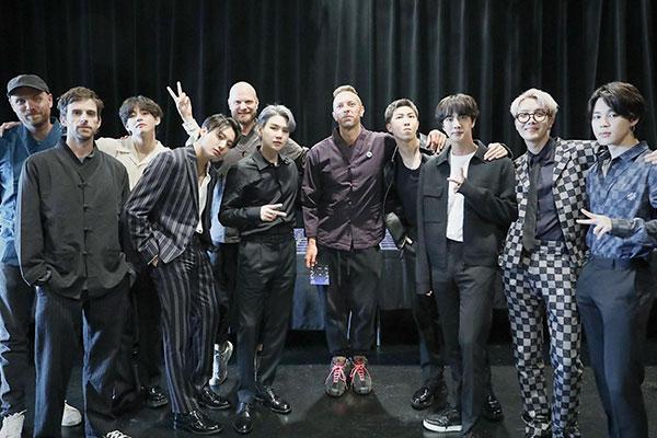 BTS geben am Sonntag Online-Konzert