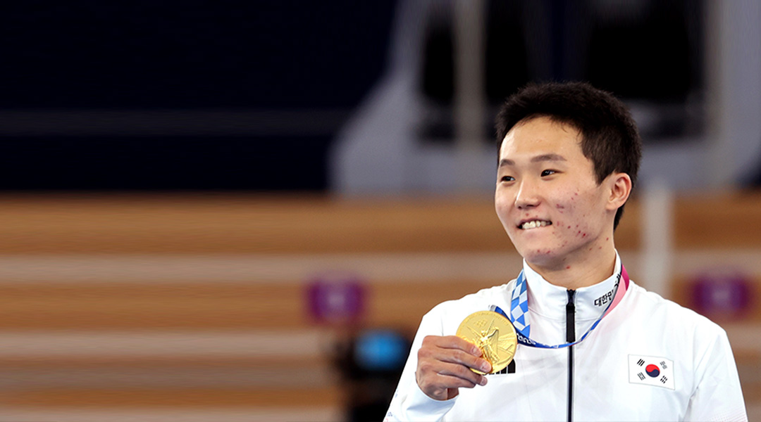 Olympia in Tokio: Geräteturner Shin Jea-hwan gewinnt Gold im Sprung