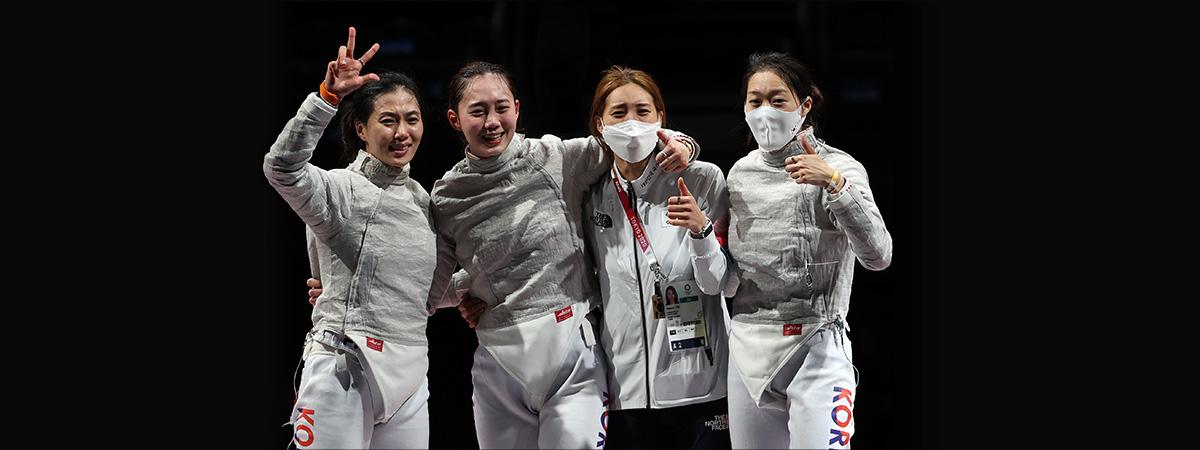كوريا الجنوبية تفوز بالميدالية البرونزية في المبارزة بالسيف العربي لفرق السيدات